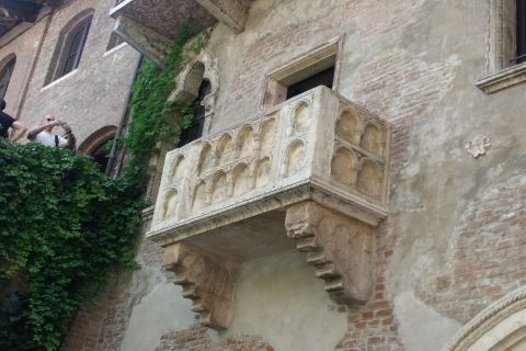 Merry under the balcony where Juliet leaned out