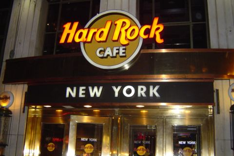 Hard rock cafe new york new york united states touristeye for 1501 broadway 12th floor new york ny 10036